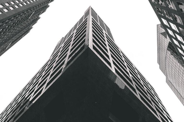 Immeuble suspendu