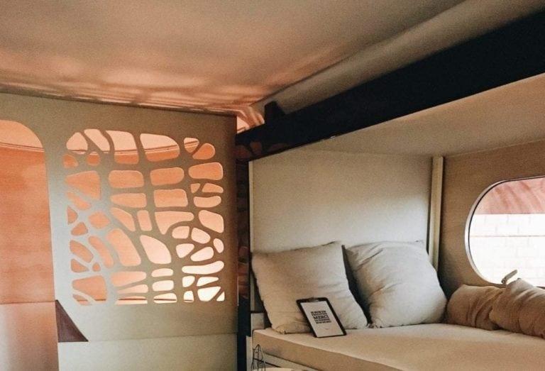 Un lit en mezzanine